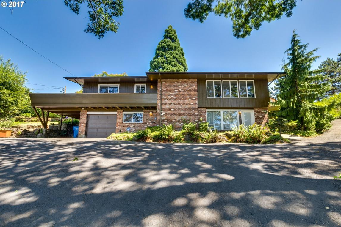 4211 NW Olive St, Vancouver, WA 98660