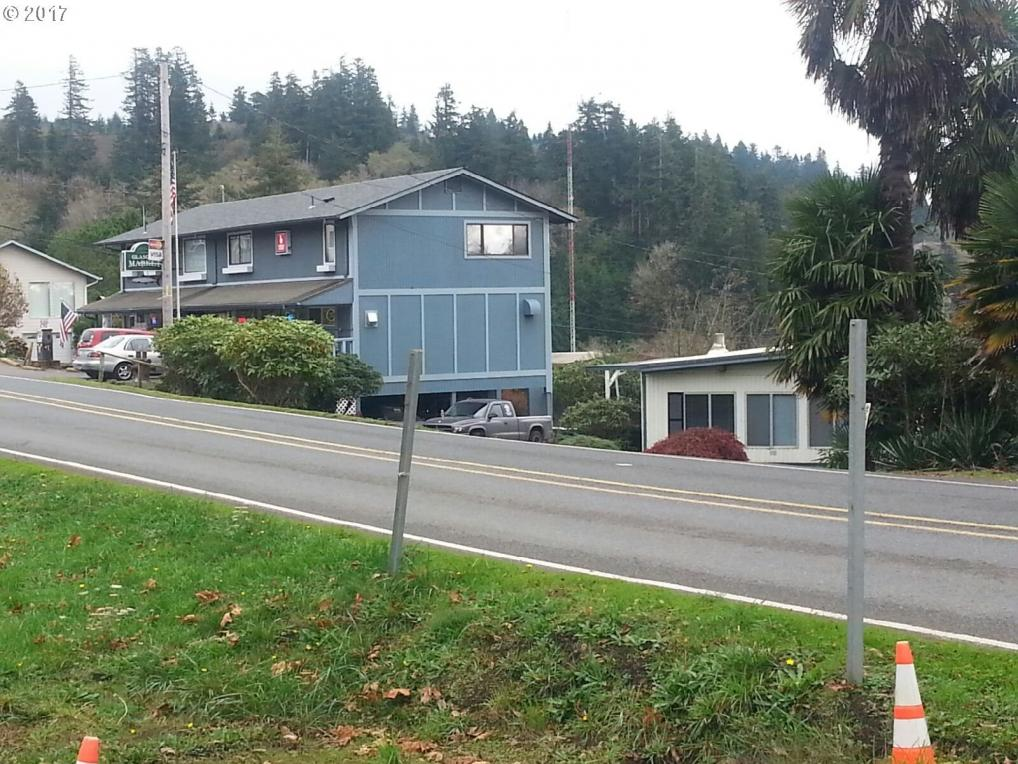 67552 East Bay Rd, North Bend, OR 97459