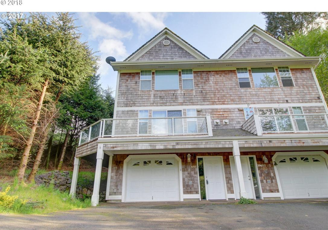3955 NE 50th St, Lincoln City, OR 97367
