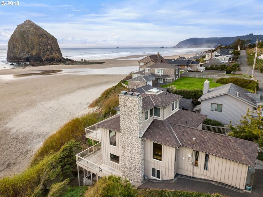 1964 Pacific St, Cannon Beach, OR 97110