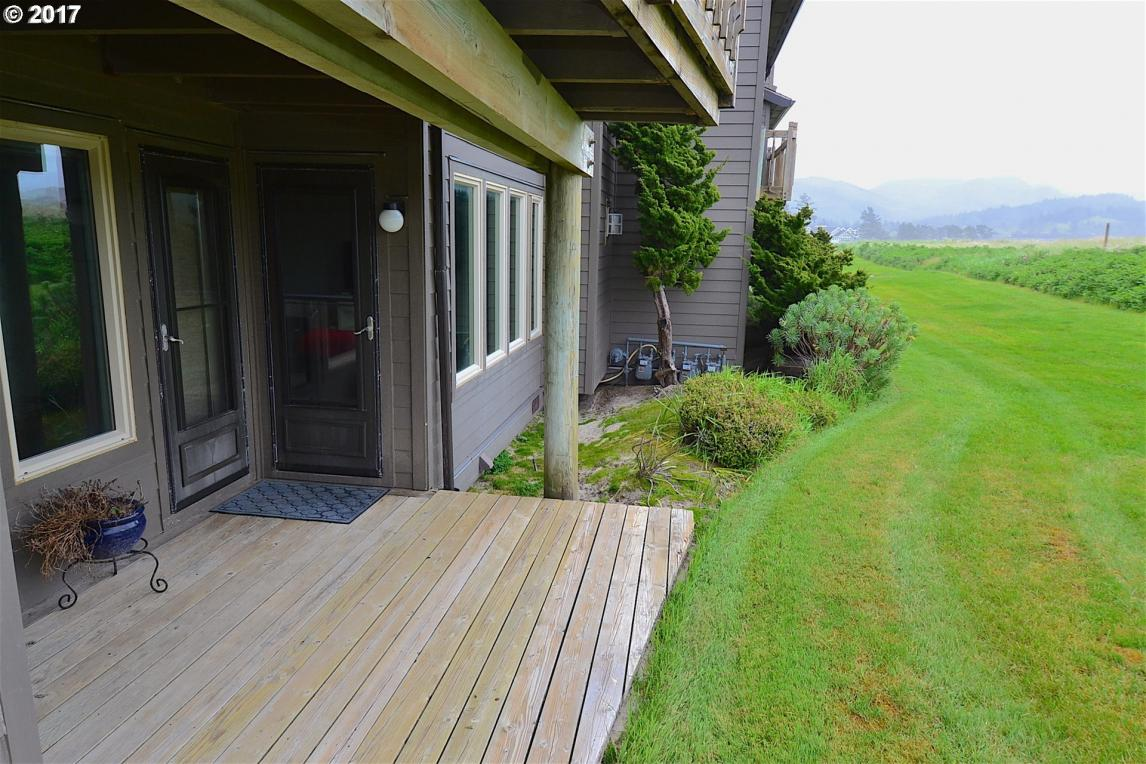 655 Breakers Point Condo, Cannon Beach, OR 97110