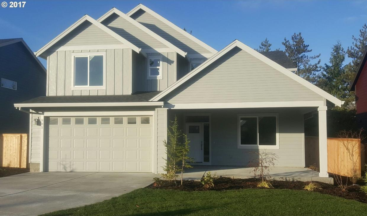 985 SW 14th Cir, Troutdale, OR 97060