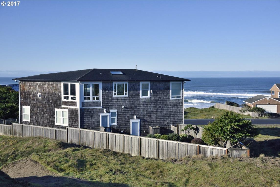 2499 Beach Loop Dr, Bandon, OR 97411