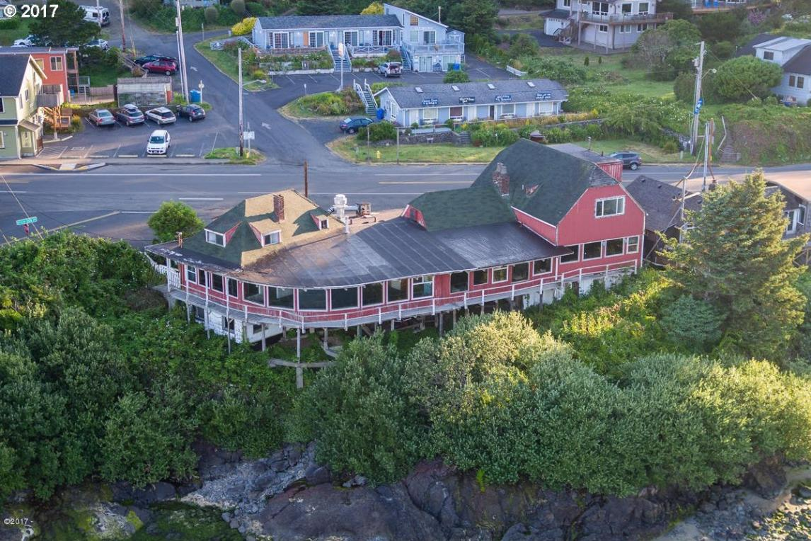 111 S Hwy 101, Yachats, OR 97498