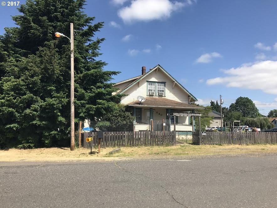 590 NW 1st Ave, Canby, OR 97013