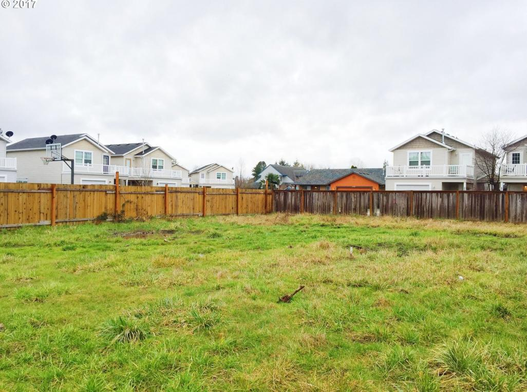 1550 NE Sunrise Ln, Hillsboro, OR 97124