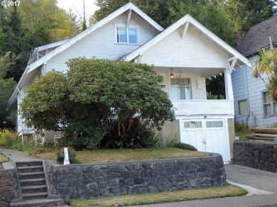 1227 N 8th, Coos Bay, OR 97420