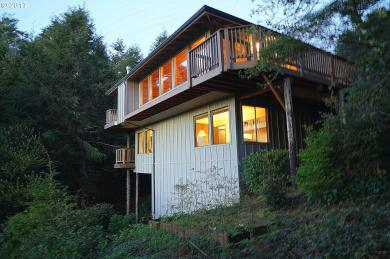 476 Lookout Ct, Gleneden Beach, OR 97388