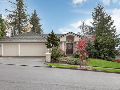 12966 SE Spring Mountain Dr, Happy Valley, OR 97086