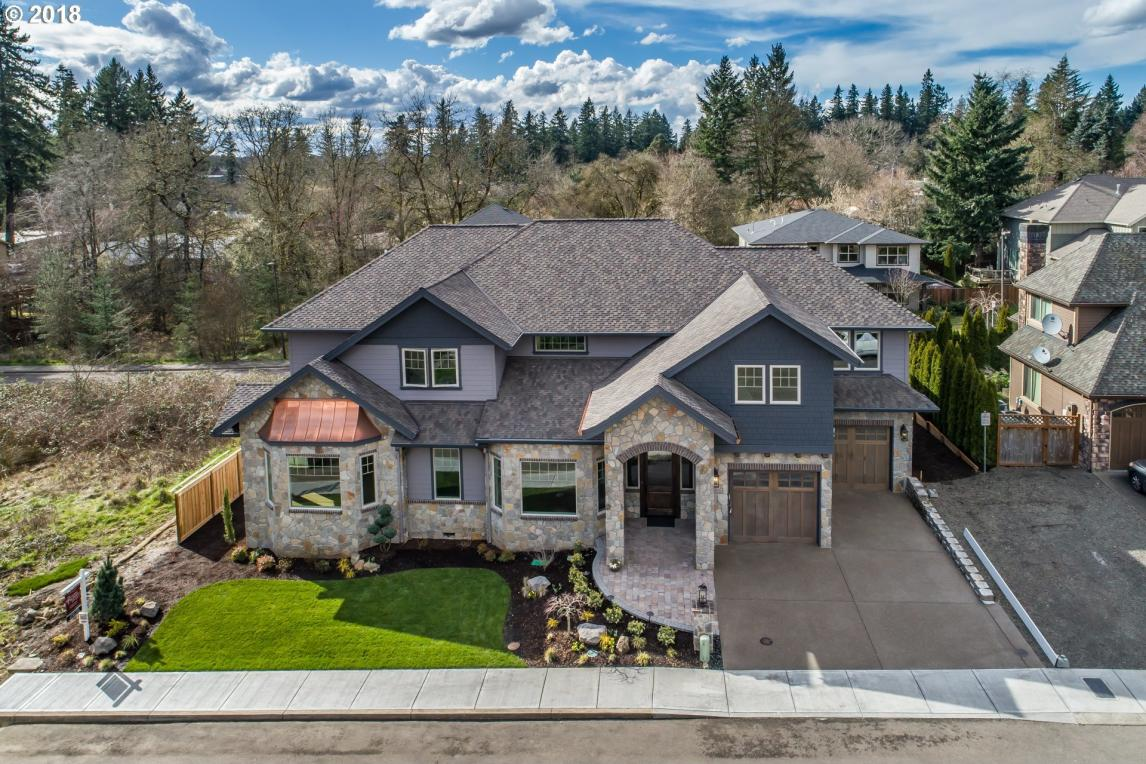19481 Lorna Ln, Lake Oswego, OR 97035