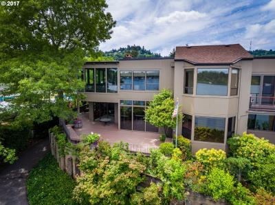 Photo of 6134 SW Riverpoint Ln, Portland, OR 97239