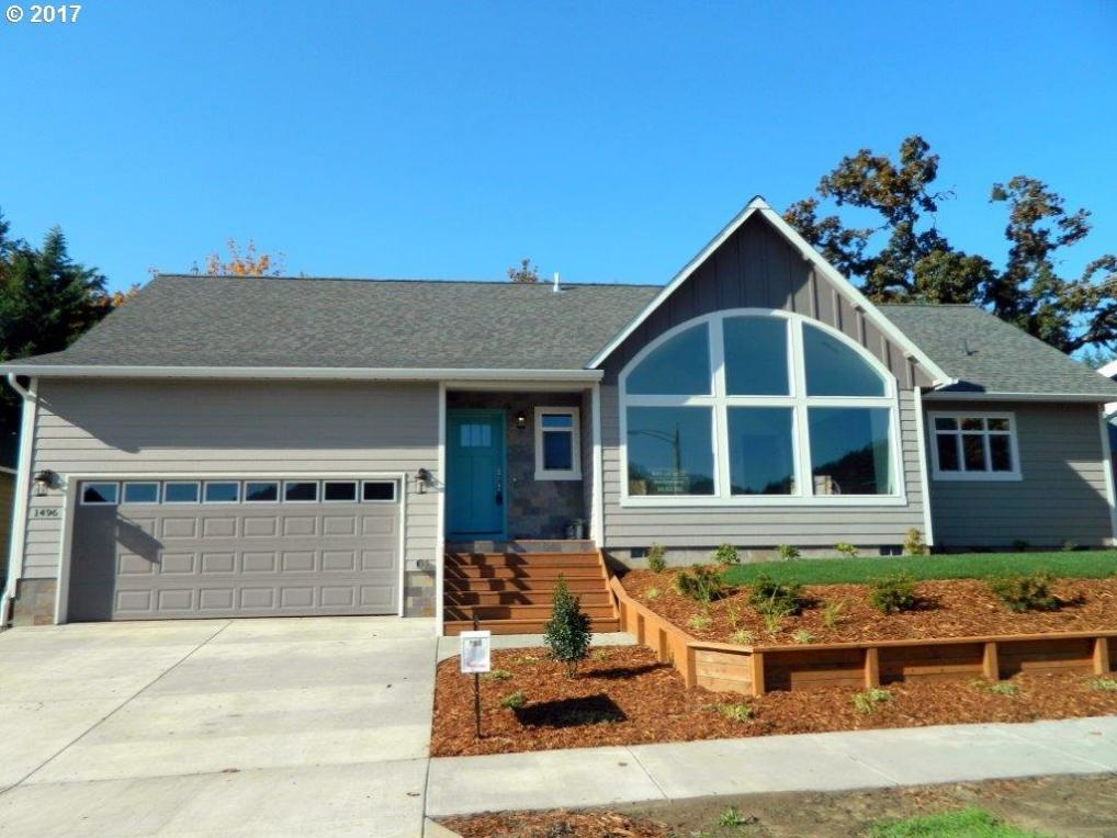 1496 S 57th St, Springfield, OR 97478