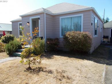 176 N Wasson, Coos Bay, OR 97420