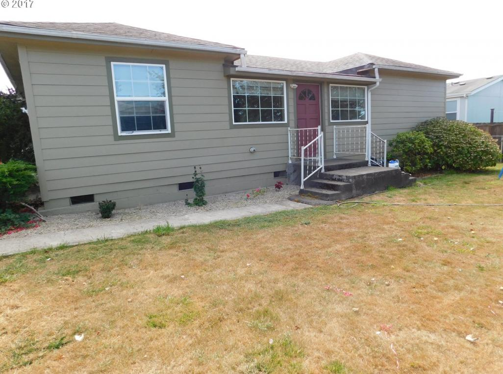 430 18th, Myrtle Point, OR 97458