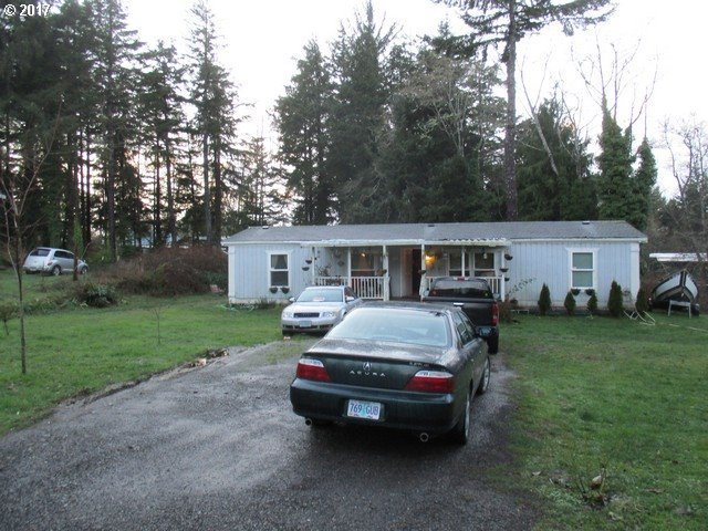 64588 Duling Rd, Coos Bay, OR 97420