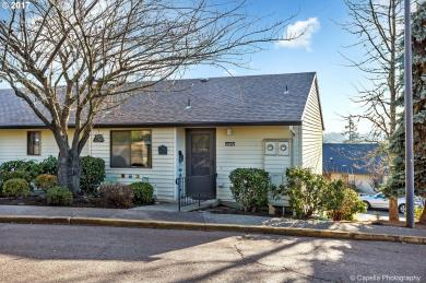 12272 SW Royal Ct, King City, OR 97224