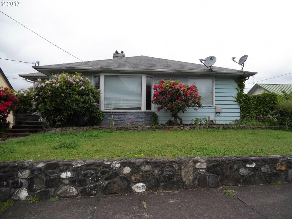 255 N Folsom, Coquille, OR 97423