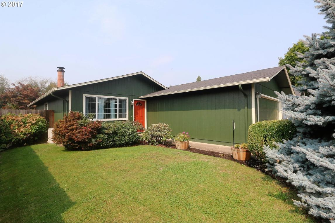 552 53rd Pl, Springfield, OR 97478