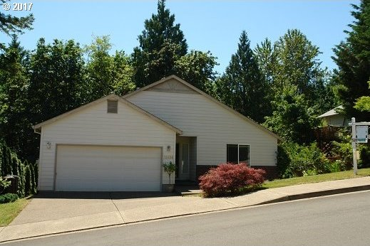 13834 Bean Ct, Oregon City, OR 97045