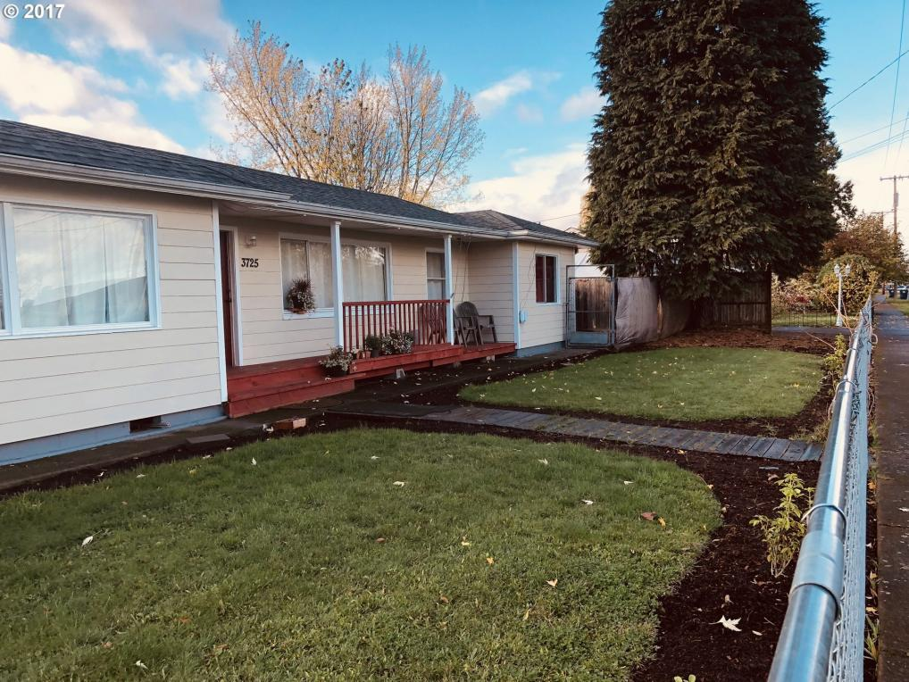3725 E St, Springfield, OR 97478