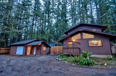 Photo of 25301 E Section Line Rd, Rhododendron, OR 97049