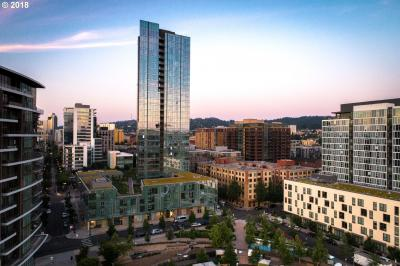 Photo of 1075 NW Northrup St #714, Portland, OR 97209