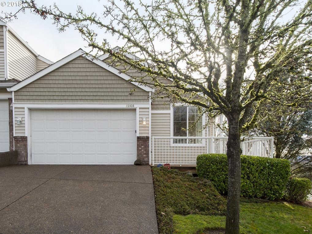 15936 SW Peachtree Dr, Tigard, OR 97224