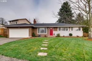 10823 SE Spruce View Ln, Happy Valley, OR 97086