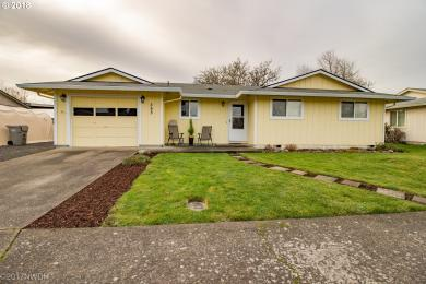 355 Crona St, Junction City, OR 97448