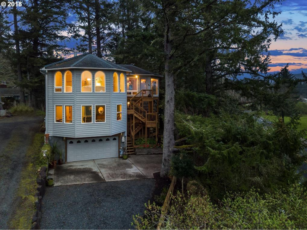 547 Antler Rd, Cannon Beach, OR 97110