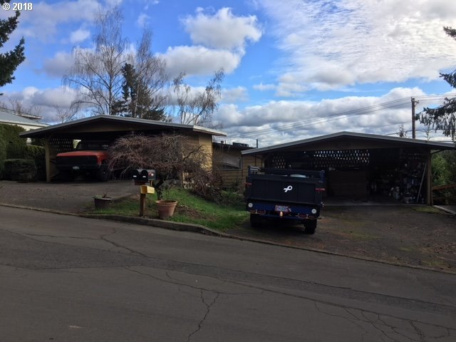 15166 SW 119th Ave, Tigard, OR 97224