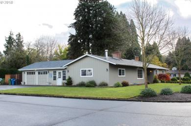 130 Smith Dr, Woodburn, OR 97071