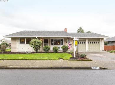11690 SW King George Dr, King City, OR 97224