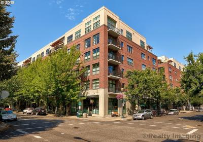 Photo of 820 NW 12th Ave #604, Portland, OR 97209