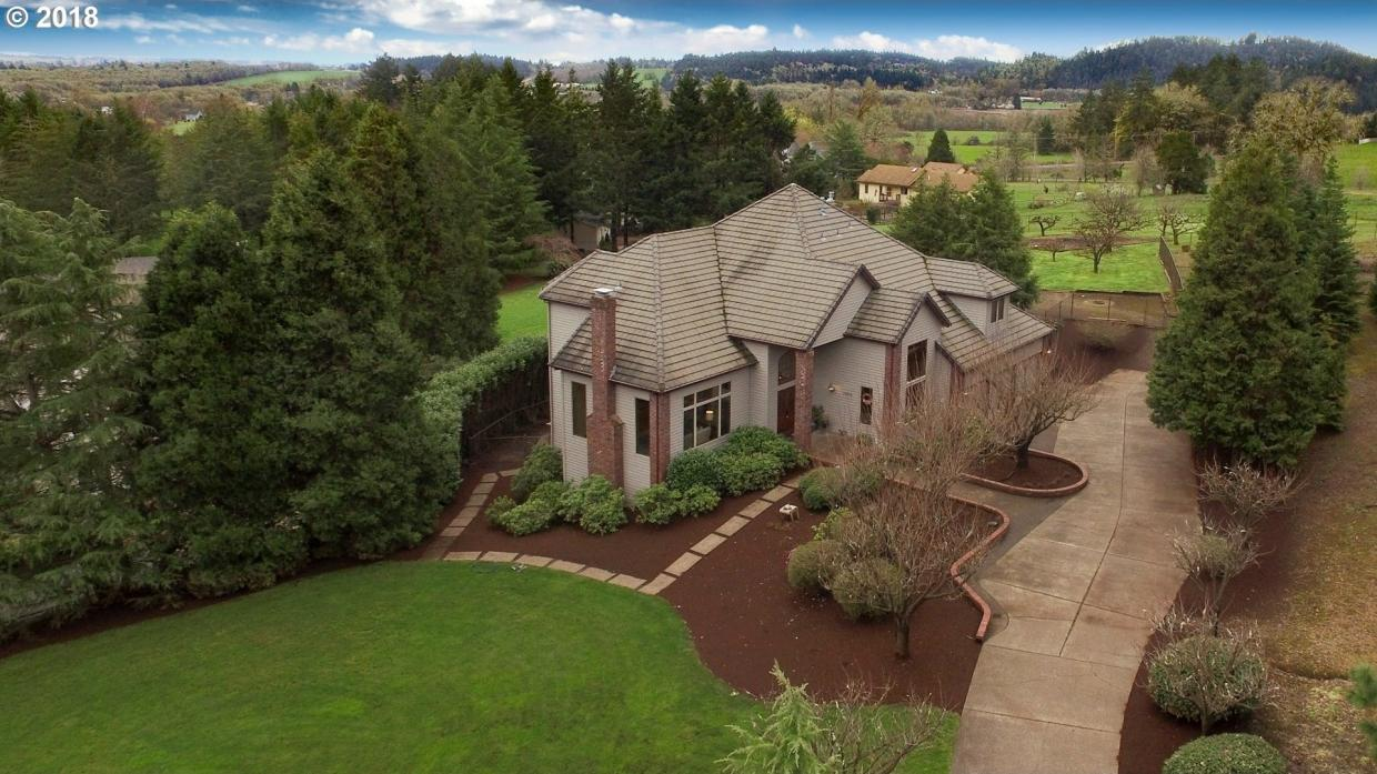 1400 NW Burgundy Pl, Corvallis, OR 97330