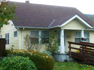 172 NE 3rd Ave, Canby, OR 97013