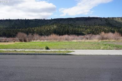 2800 SE Triangle Outfit Dr, Prineville, OR 97754