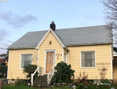 708 34th St, Astoria, OR 97103