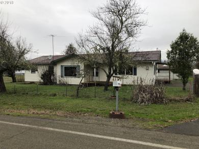 1914 Plat I Rd, Sutherlin, OR 97479
