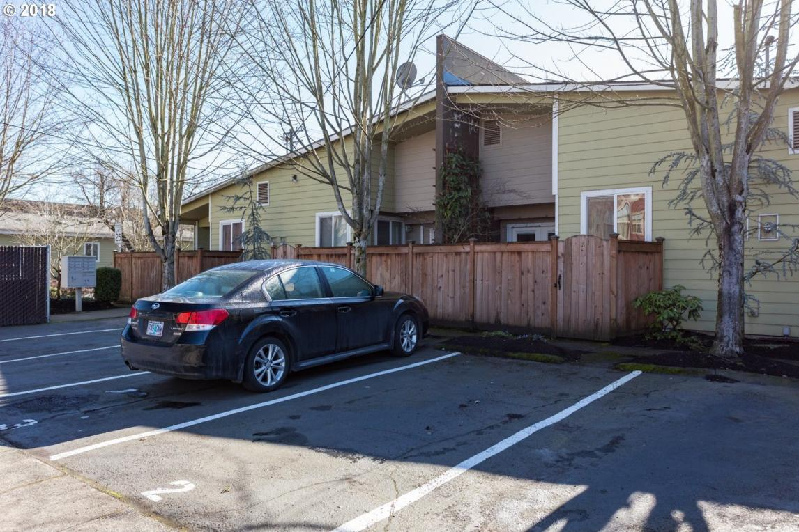 7232 N New York Ave #2, Portland, OR 97203