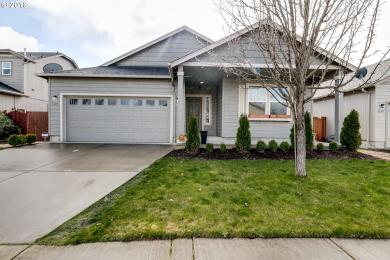 1135 S 2nd St, Cottage Grove, OR 97424
