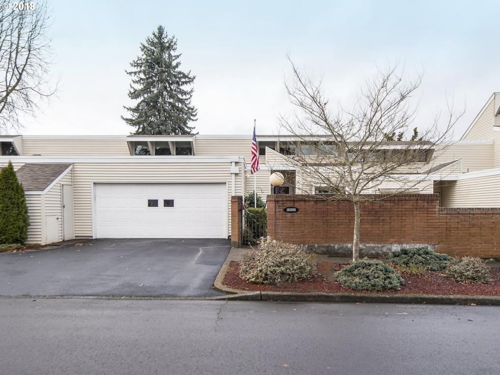 16885 SW 126th Ave, King City, OR 97224
