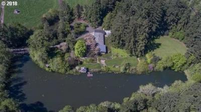 Photo of 33970 Riverside Dr, Albany, OR 97321