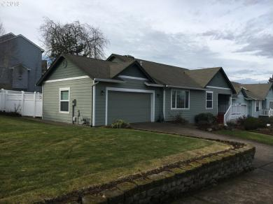 223 Norway St, Silverton, OR 97381