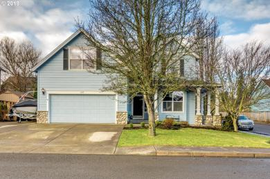 1377 N Hawthorne St, Canby, OR 97013