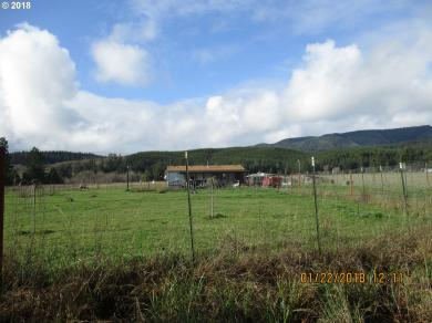 60096 Fairview Rd, Coquille, OR 97423