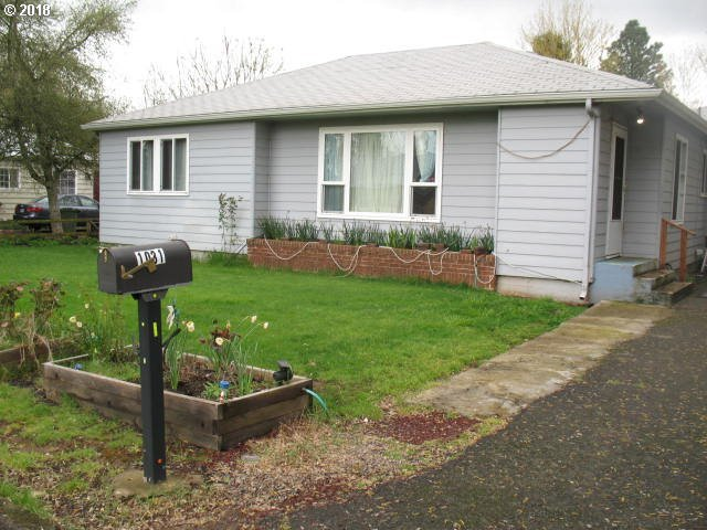 1031 Williams Ave, Woodburn, OR 97071