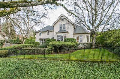 Photo of 6834 SE 28th Ave, Portland, OR 97202