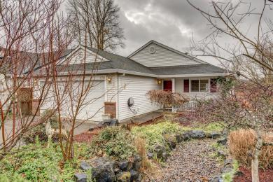 1736 SW Creekside Ln, Mcminnville, OR 97128