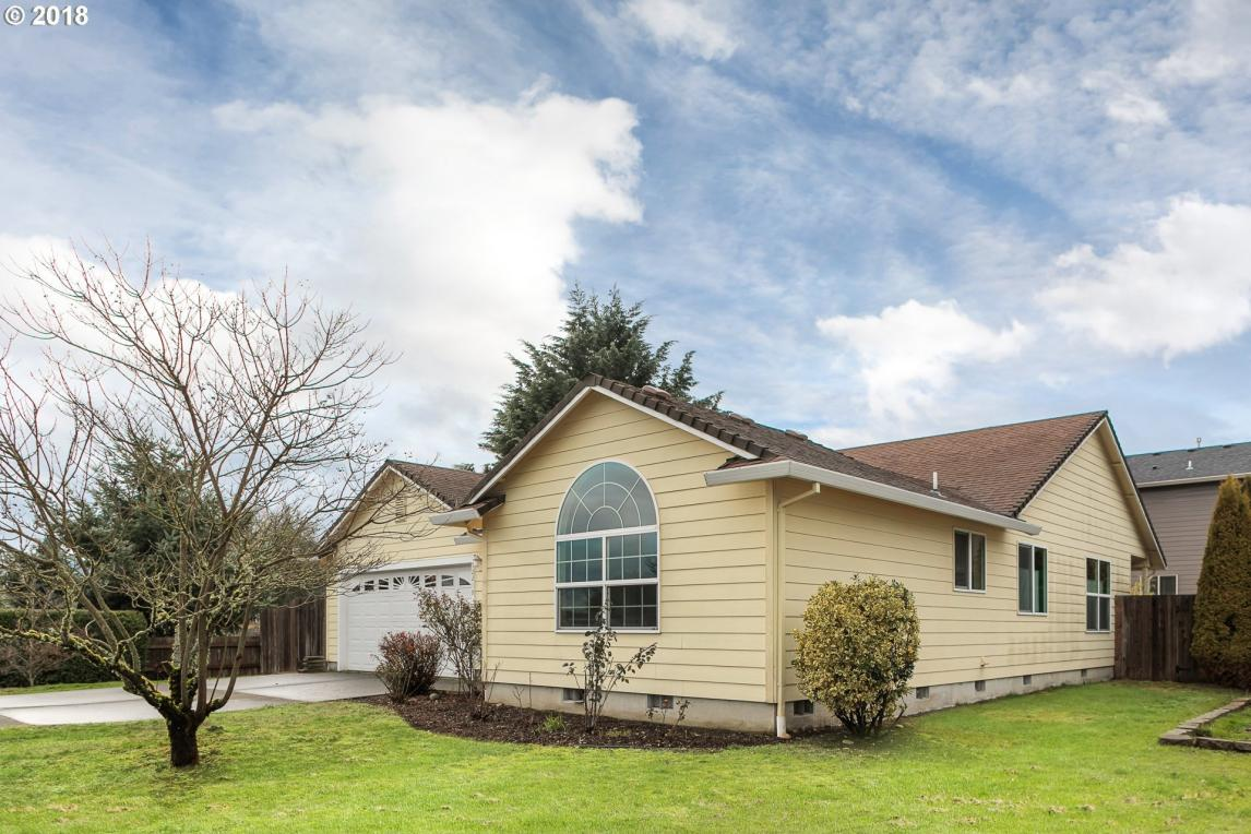 52219 SE Tyler St, Scappoose, OR 97056